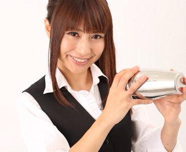富田晶子(元アイドル/フレアバーテンダー)の年齢や結婚、水着やお店が気になる!