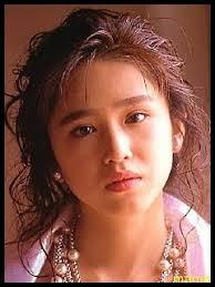 本田理沙(りさ)のアイドル時代の画像や写真や夫と子供、引退理由はストーカーが原因だった?